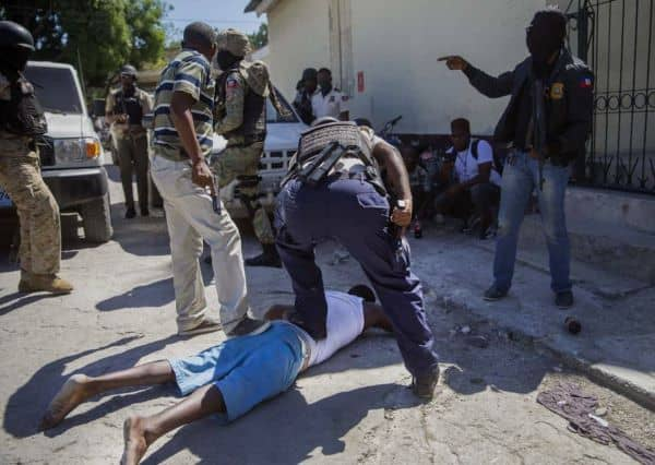 Haití: Fuga de prisión de Croix-des-Bouquets deja 25 muertos y 400 prófugos