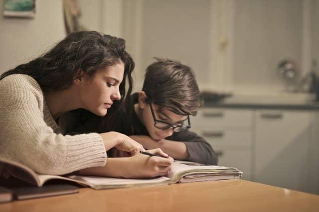 Indecopi: escolares de colegios privados pueden estudiar con libros usados