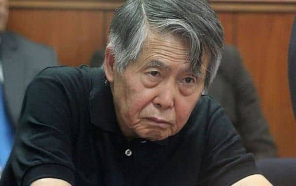 Alberto Fujimori: Sustentan denuncia penal por caso esterilizaciones