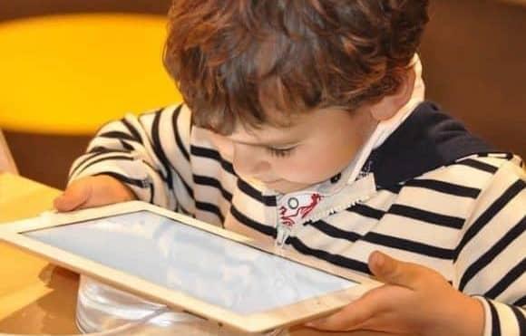MTC entrega 937 tablets para estudiantes de Lambayeque